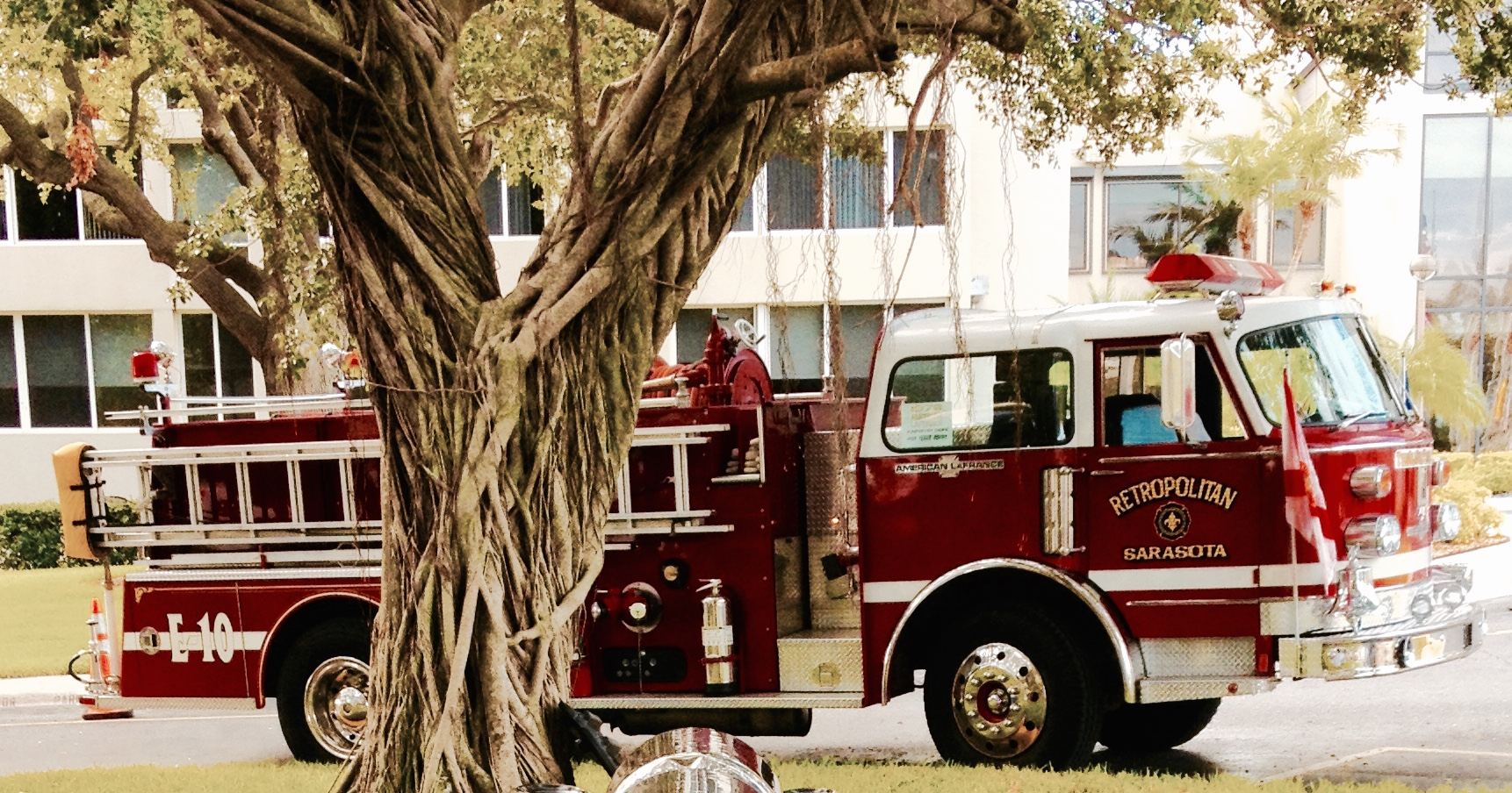 This was a very unique truck for me.  I purchased it from my fellow AACA member Bill Trier here in Venice, FL.  It was my first truck with an automatic transmission.  Here it's on display at Plymouth Harbor Retirement facility in the city of Sarasota on the Ringling Causway.  It was a tribute to 9/11.